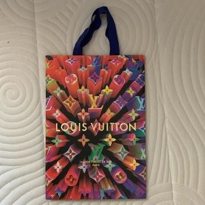 Authentic Louis Vuitton 2019 Holiday Gift Bag
